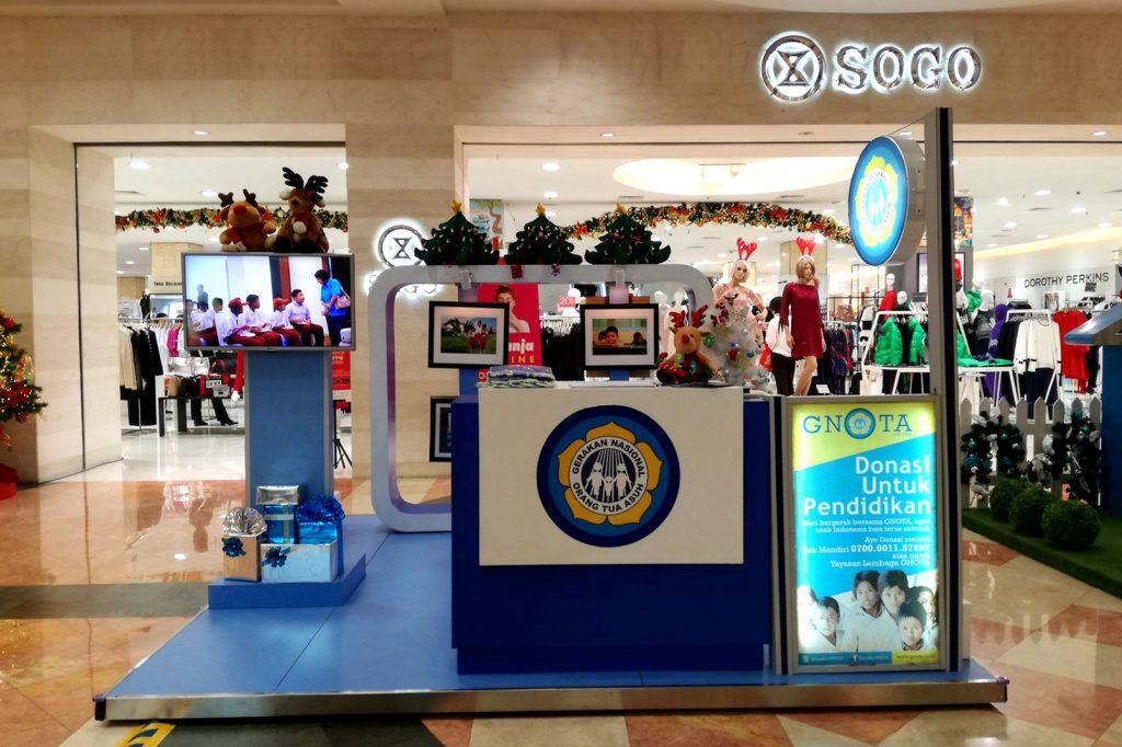 Booth GNOTA di Plaza Senayan