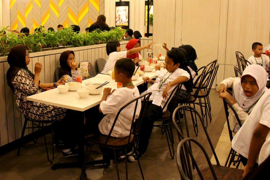 Nonton Bareng Di Plaza Senayan